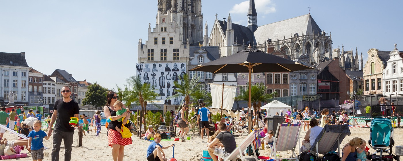 Children playing in Mechelen - Photo VISITFLANDERS