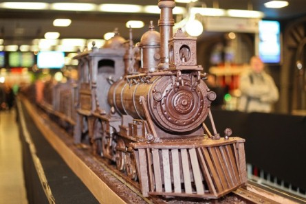 Longest Chocolate Train