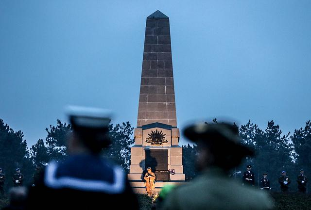 Anzac Day Ceremony (c)Henk Deleu