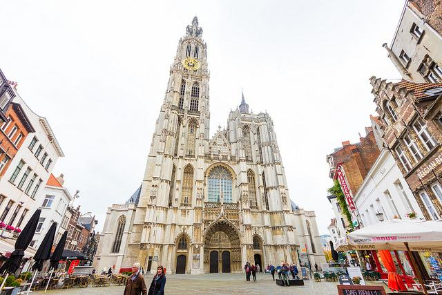 Outside vieuw on the front of the Cathedral of our Lady in Antwerp