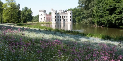 Enjoy a walk through Flanders' parks and gardens