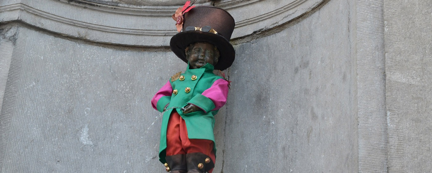 close-up of Manneken Pis in Tomorrowland outfit