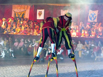 Ommegang in Brussels: stilt fighters