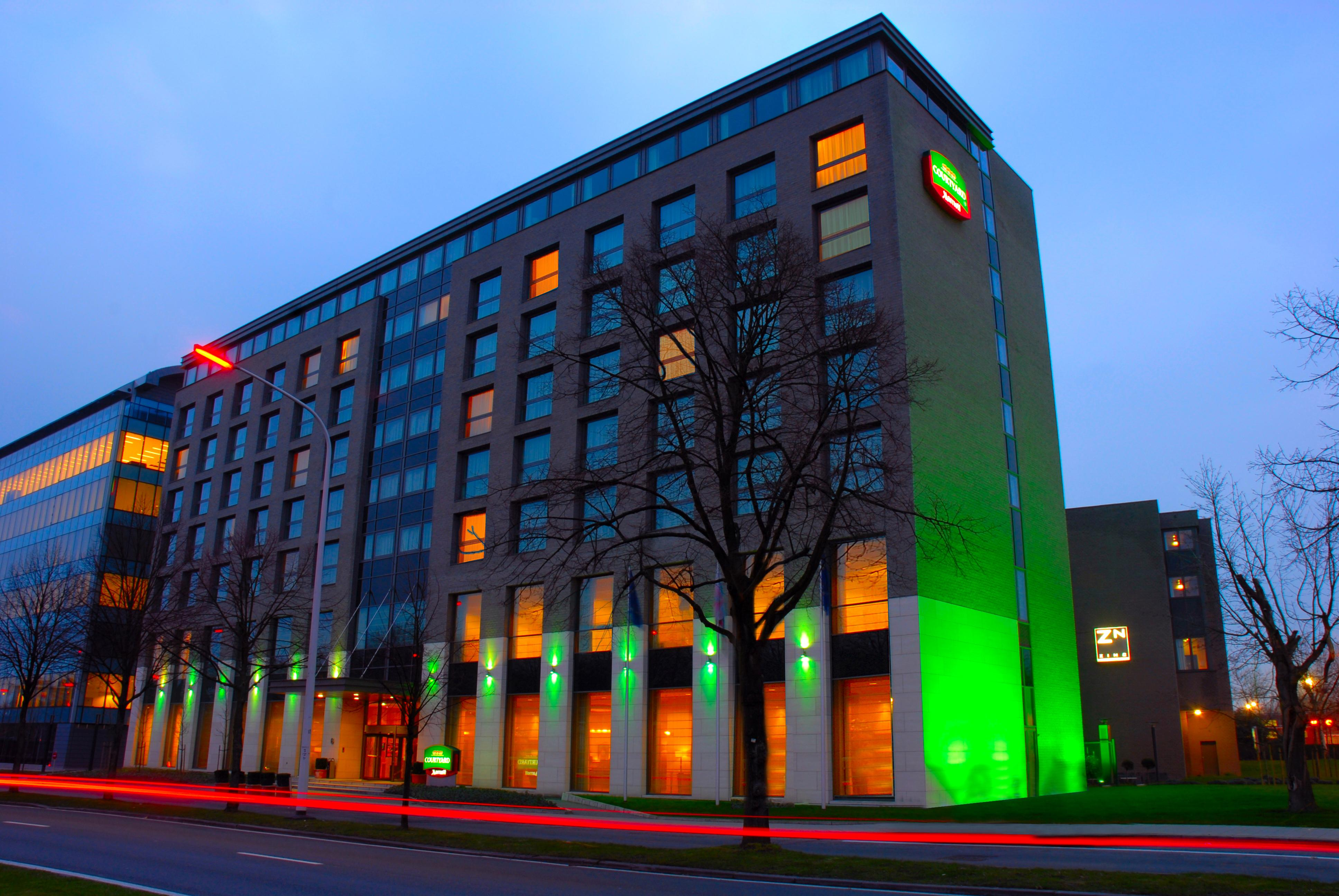 Courtyard by marriott brussels visitflanders for Hotel moderne belgique