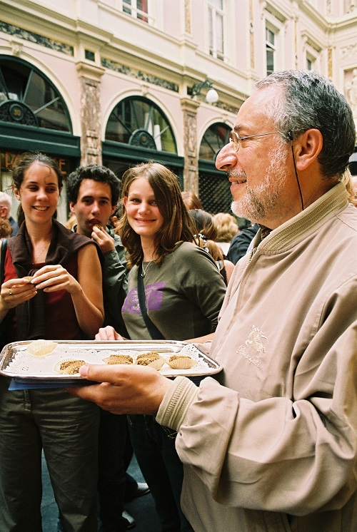 Chocolate tasting in group in Galérie de la Reine