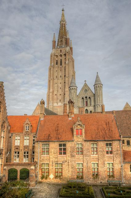 Church of our Lady - Bruges - © https://creativecommons.org/licenses/by-nc-nd/2.0/  (c)https://creativecommons.org/licenses/by-nc-nd/2.0/