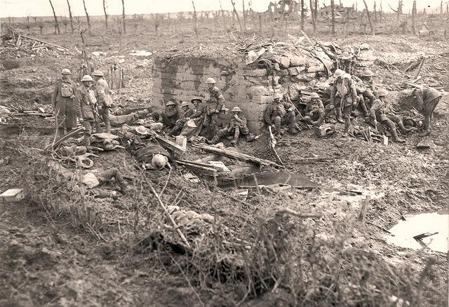 Australian soldiers during battle of Passchendaele