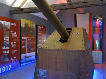 Lange Max Museum: view on a German tank