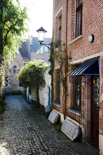 Large Beguinage in Mechelen © Visit Mechelen - Photo Koen Broos
