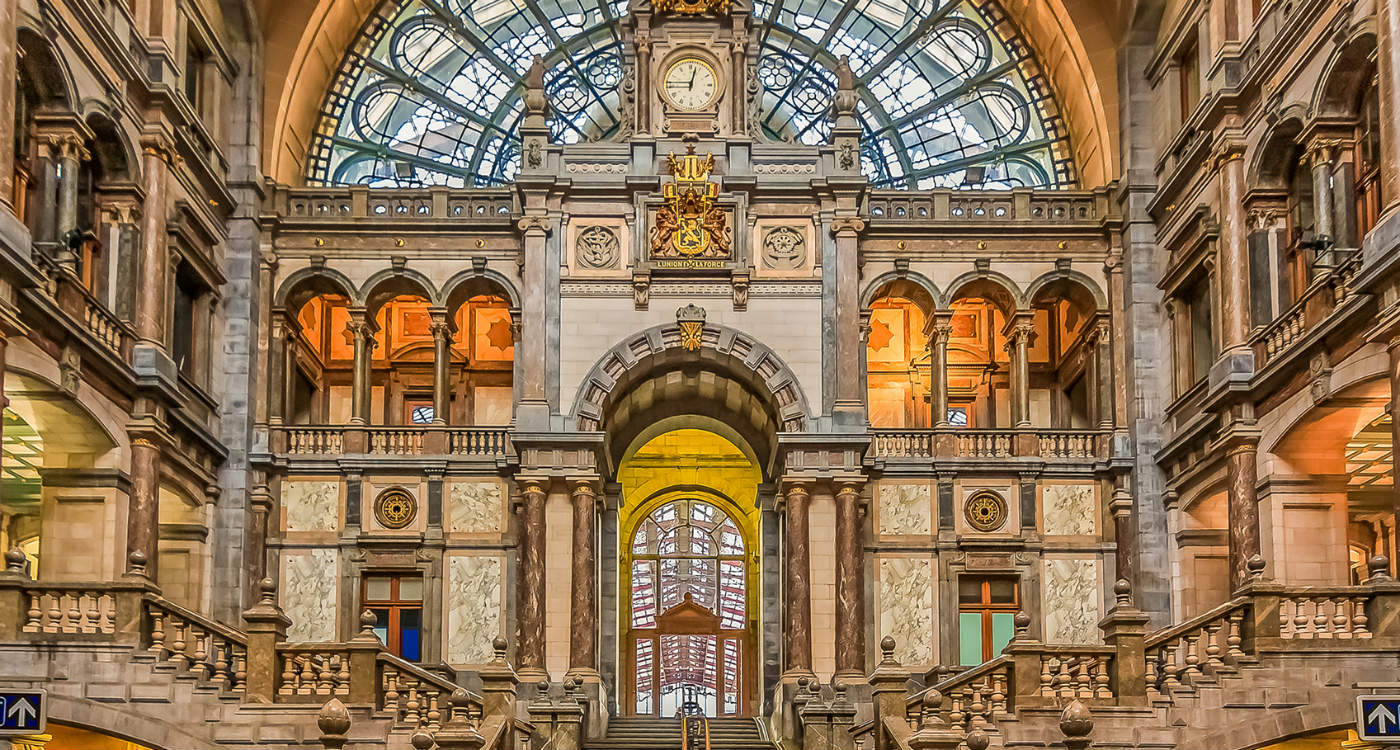 Main entrance hall of the Central Station in Antwerp