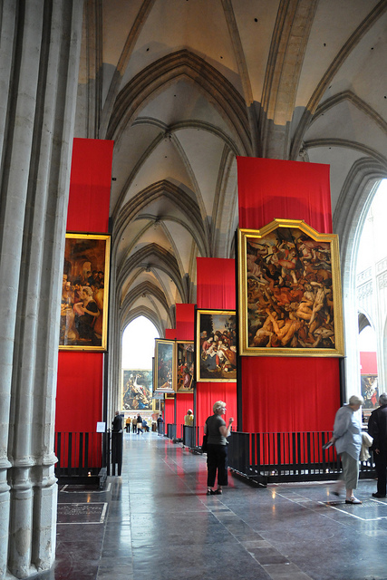 Cathedral of our Lady Antwerpen - paintings of Rubens © Antwerpen Toerisme & congres